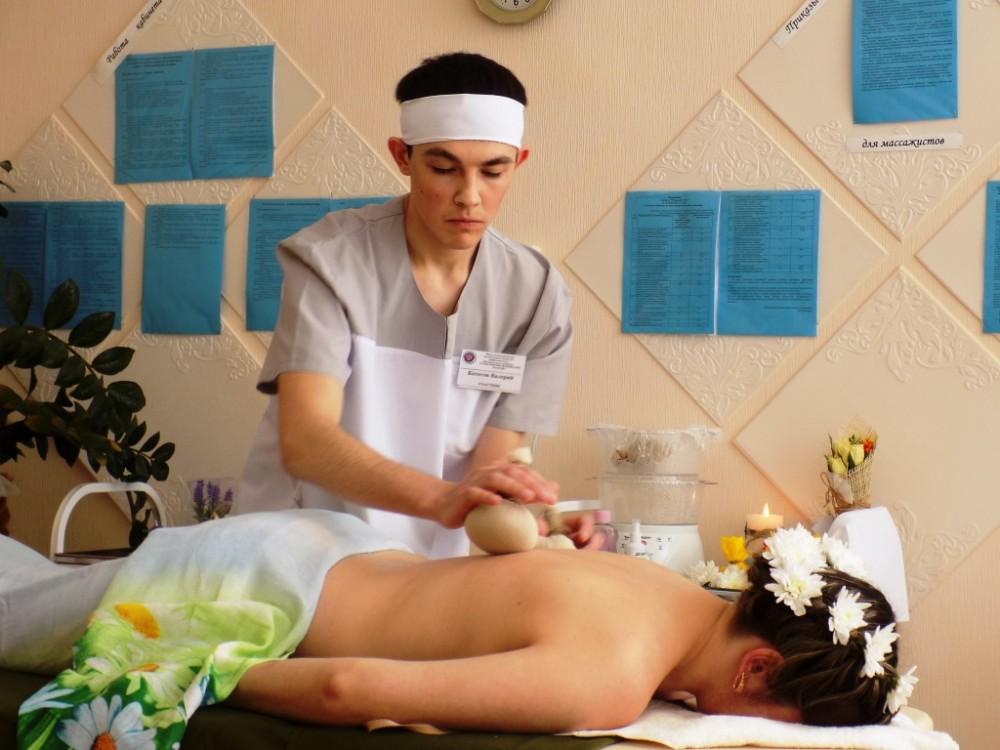 Фото медсестра делает массаж 73491 фотография